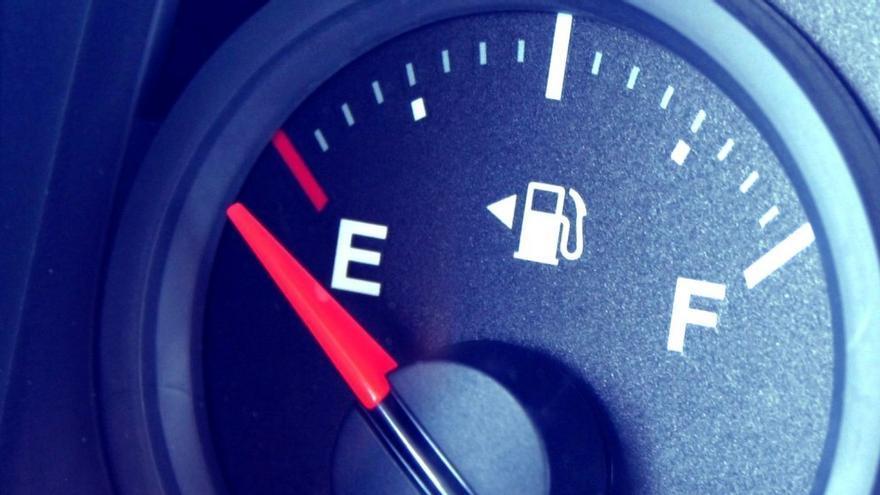La multa por quedarse sin gasolina puede superar los ¡3.000 euros!