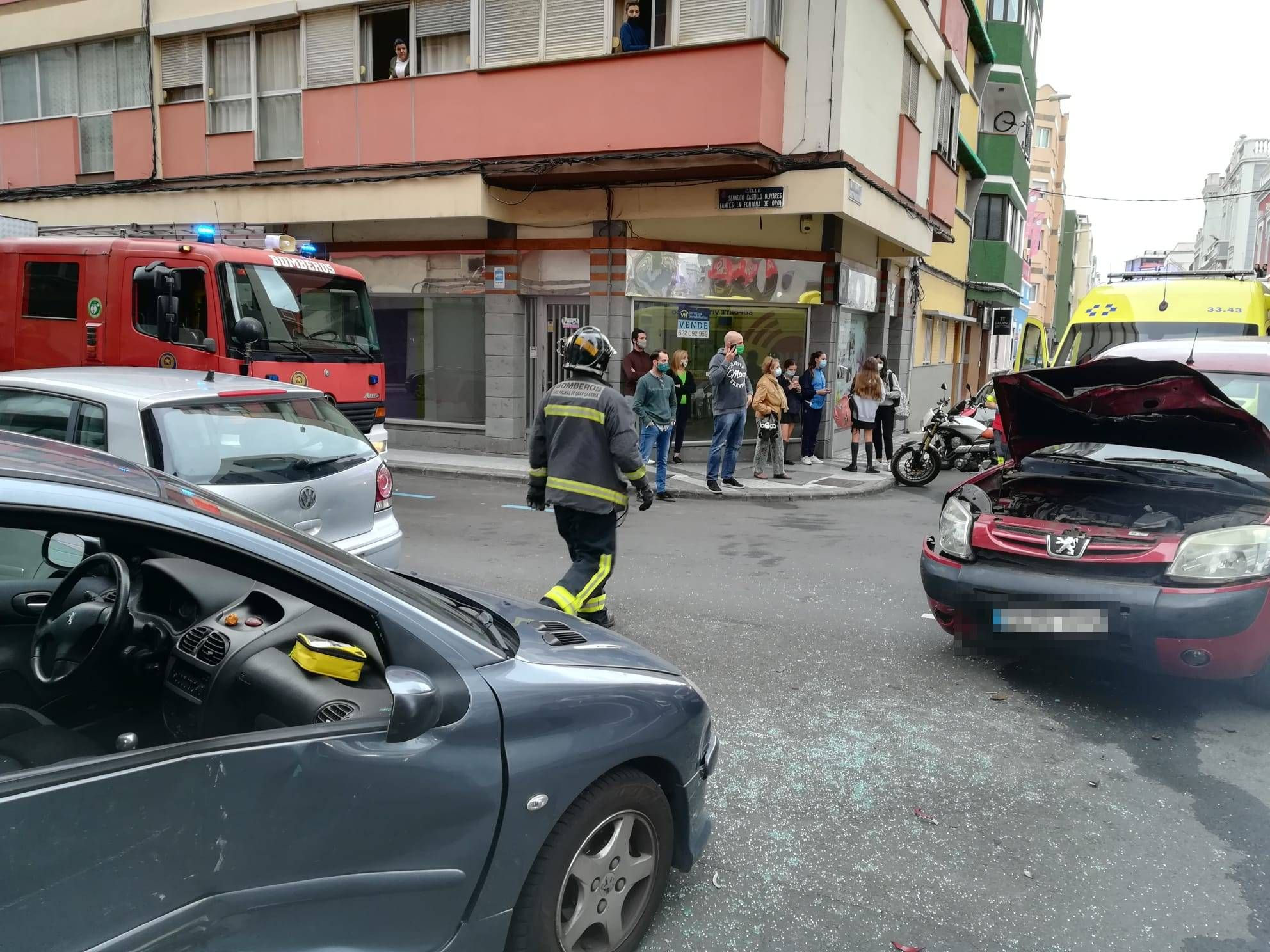Choque entres dos vehículos en Obispo Rabadán