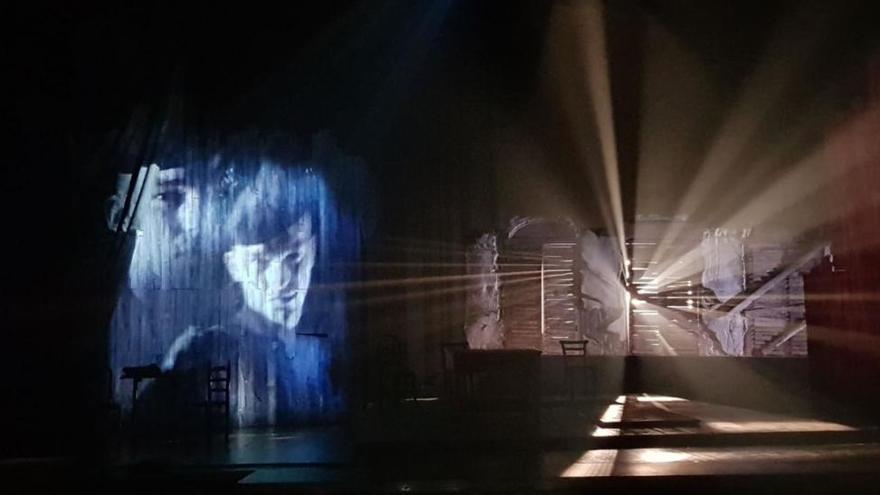 El Teatro Español estrena el último montaje de la Compañía Micomicón Teatro