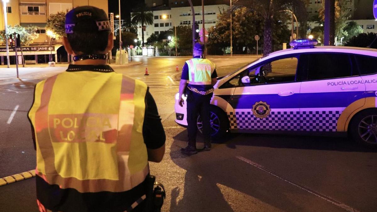 Control policial en plena calle