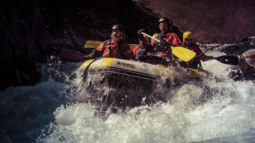 Canoa raft y rafting
