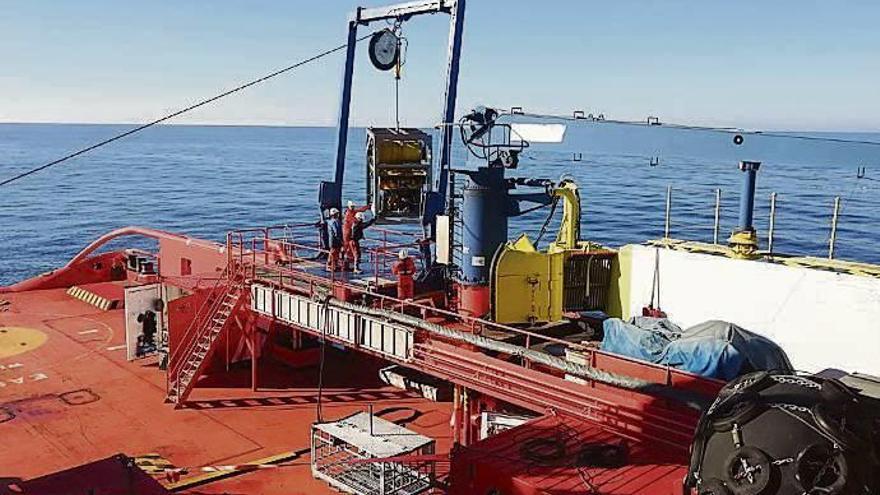 "Empresas de rescates marítimos ven ""inviable"" reflotar el ""Sin Querer Dos"""