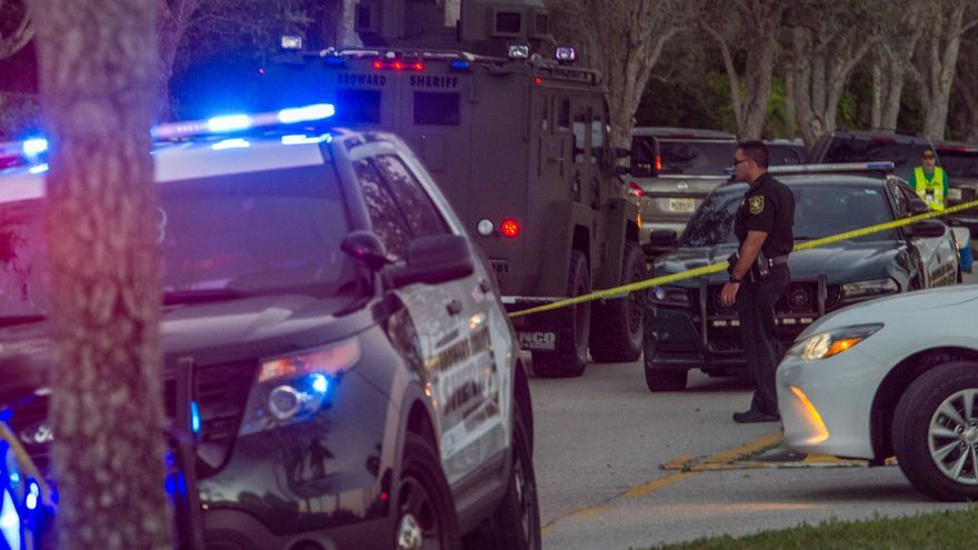 Al menos ocho muertos durante un tiroteo en un almacén postal de Estados Unidos
