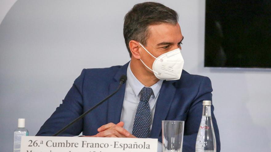 El PSOE amplía su ventaja y Vox pisa los talones al PP, según el CIS