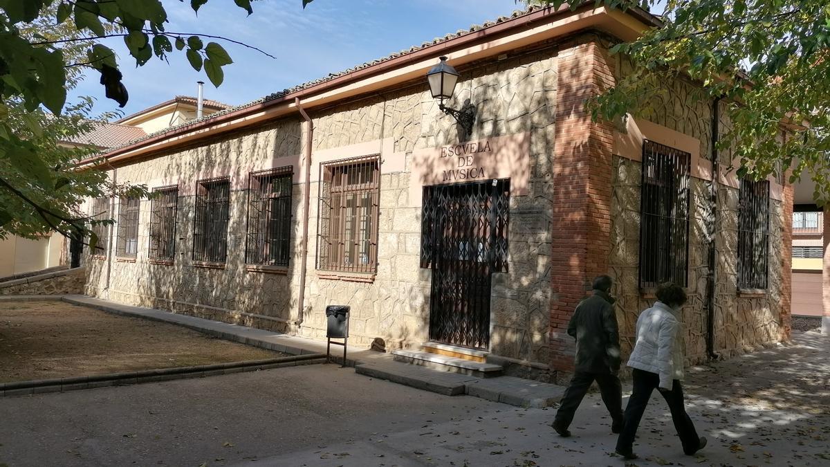 Edificio que alberga parte de las clases que se imparten en la Escuela de Música