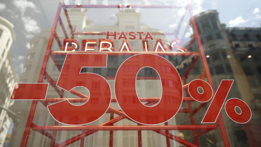 Zamora creará más de 400 empleos en las rebajas de enero
