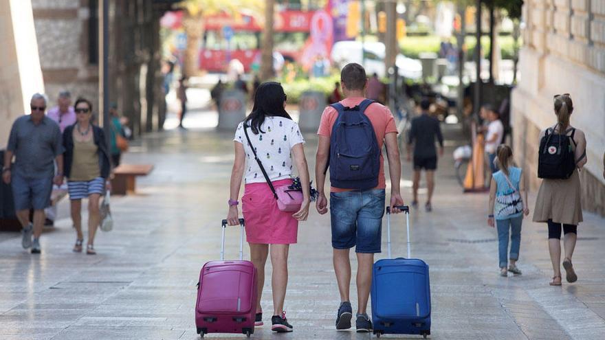 La Diputación aboga por la total regulación de las viviendas turísticas