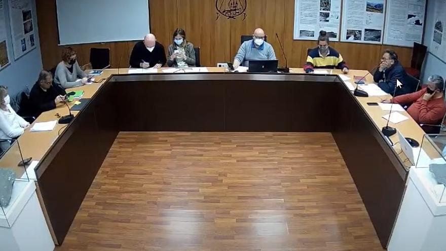 La renúncia de dos regidors posa en perill la majoria d'Elies Nova a Llívia