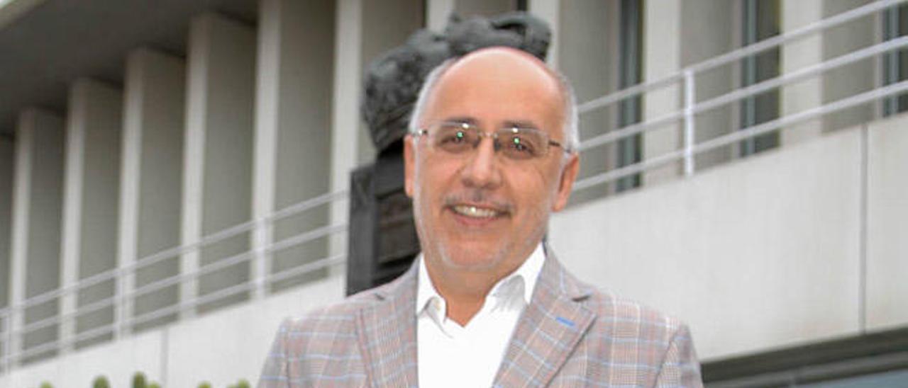 Antonio Morales, en la Casa Palacio del Cabildo de Gran Canaria.
