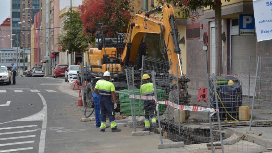 El nuevo cableado eléctrico descubre los restos del antiguo lazareto de La Isleta