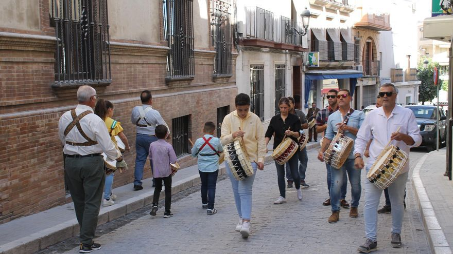 El tambor se adueña de las calles de Baena