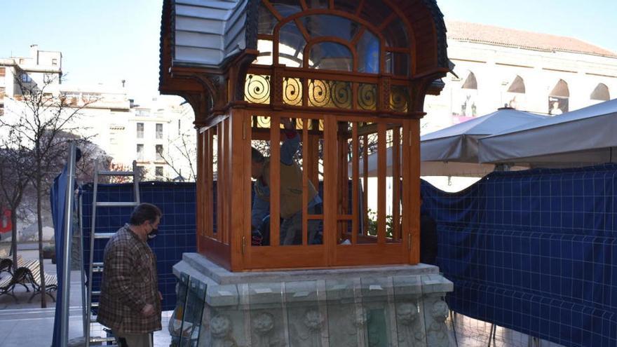 El quiosc modernista de l'Arpa torna a la plaça de Fius i Palà restaurat