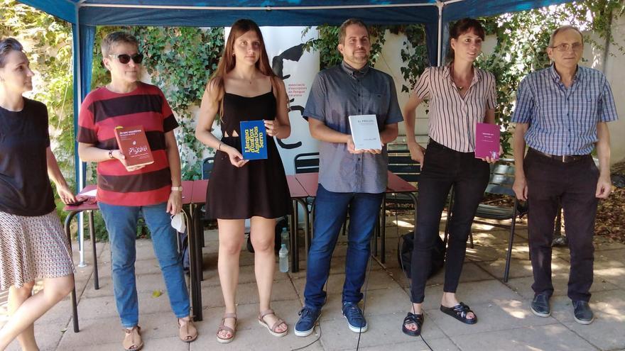 Mireia Calafell y Jaume C. Pons ganan los premios de poesía Cavall Verd