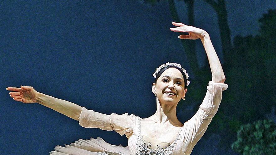 """Lucía Lacarra: """"Mi objetivo es pasar toda la vida encima de un escenario"""""""