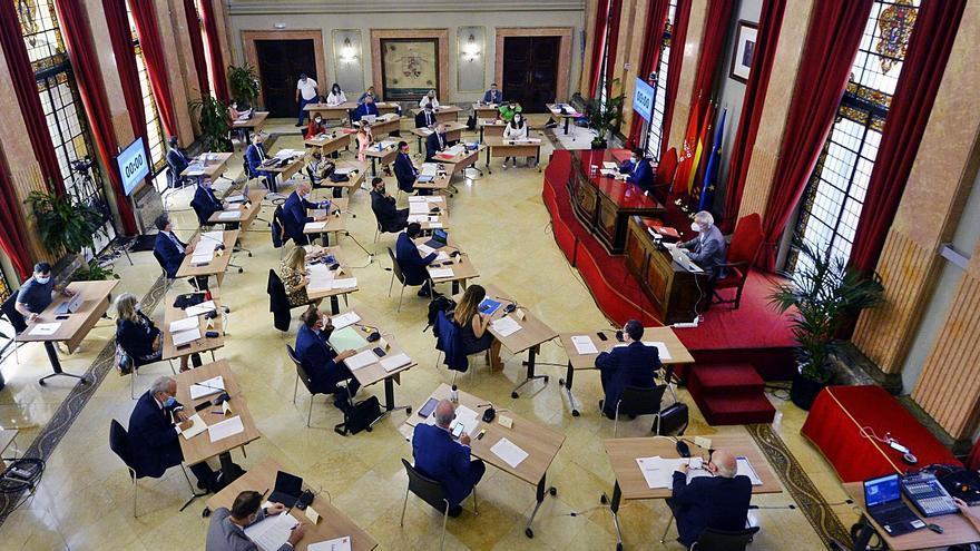 El Pleno aprueba homenajear a Juan de la Cierva con el voto dividido de PSOE y Ciudadanos