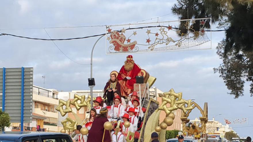 Los Reyes Magos recorren el litoral malagueño