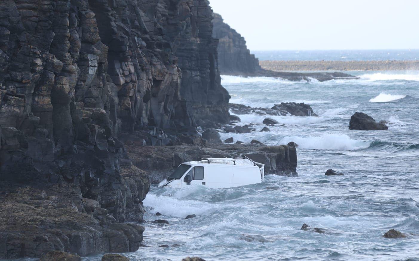 Cae al mar en Antigua