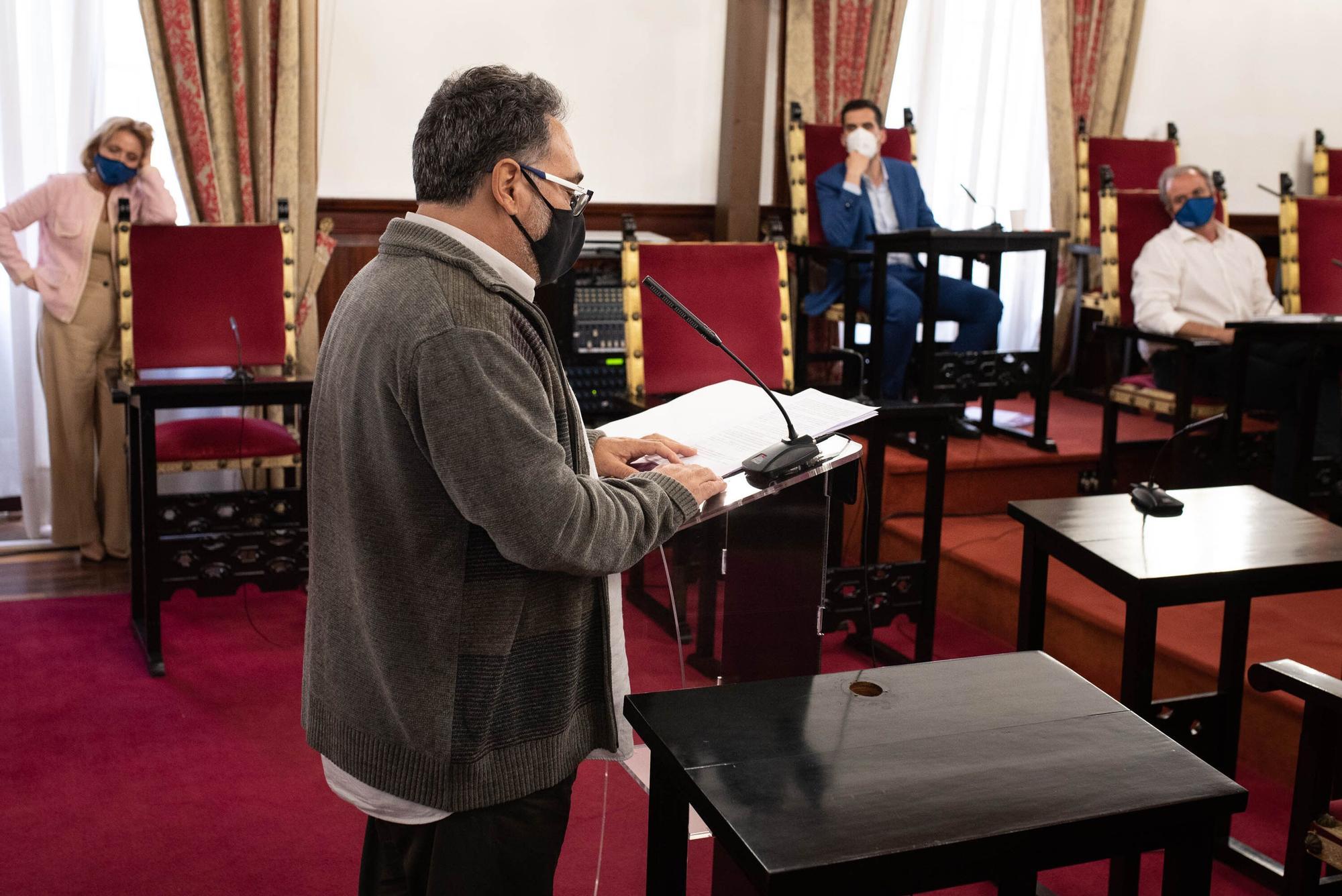 Pleno del Ayuntamiento de La Laguna correspondiente al mes de abril