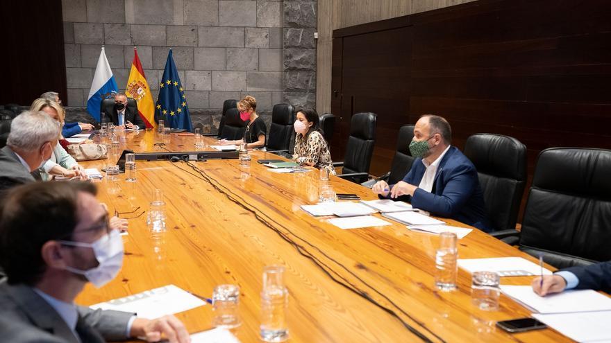 Canarias pedirá prorrogar la limitación de reuniones familiares y sociales