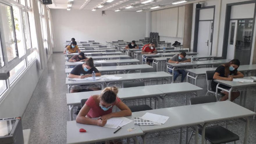 """La EBAU arranca con """"normalidad"""" y en grupos de diez por aula"""