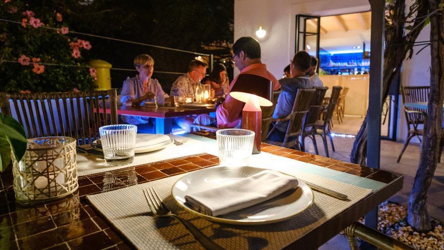 Cambian las restricciones en Ibiza: ¿qué puedo hacer ahora y con cuánta gente me puedo reunir?