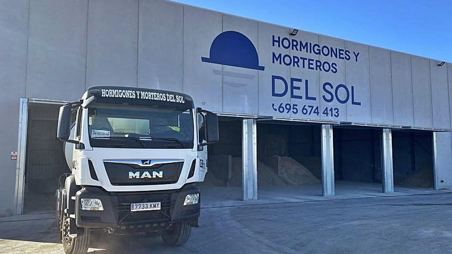 Empresas del Sol pone en marcha su nueva planta de hormigón en La Vila