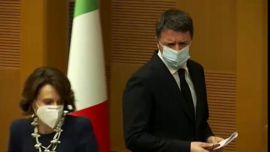 Matteo Renzi anuncia la dimisión de sus dos ministras del Gobierno italiano