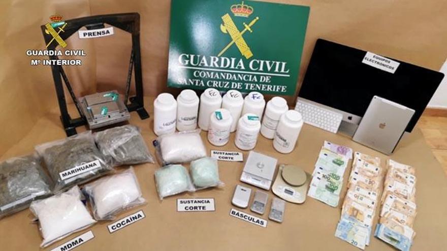 Desmantelan una organización que introducía droga en La Palma y Tenerife