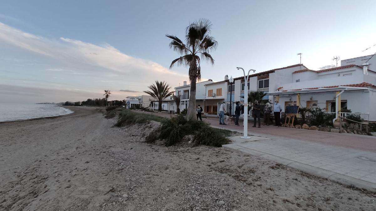 Panorámica del poblado marítimo de Torre la Sal, en Cabanes, cuya pervivencia vuelve a estar en el ojo del huracán tras esta polémica respuesta del Gobierno.