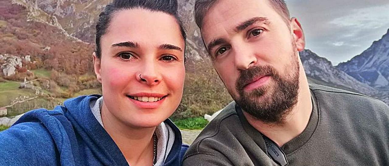 Kaelia Cotera y Abel Fernández.