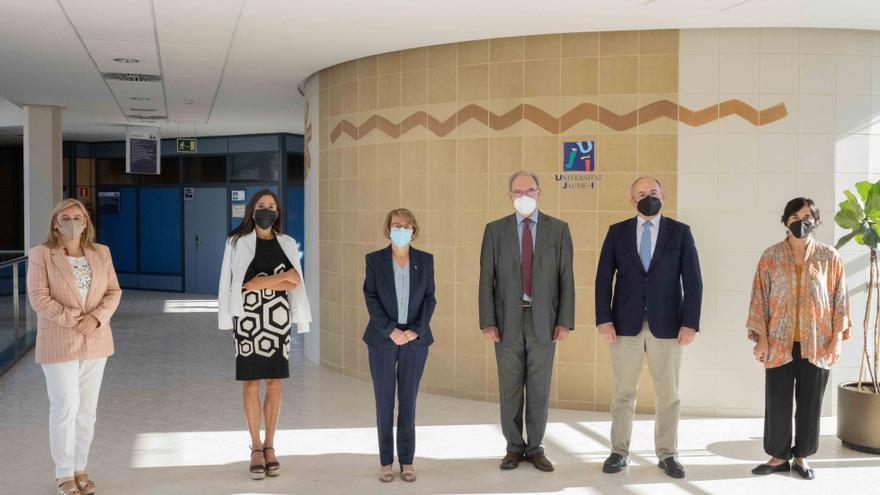 Ascer pide a la UJI ser sensible a las necesidades del azulejo de Castellón