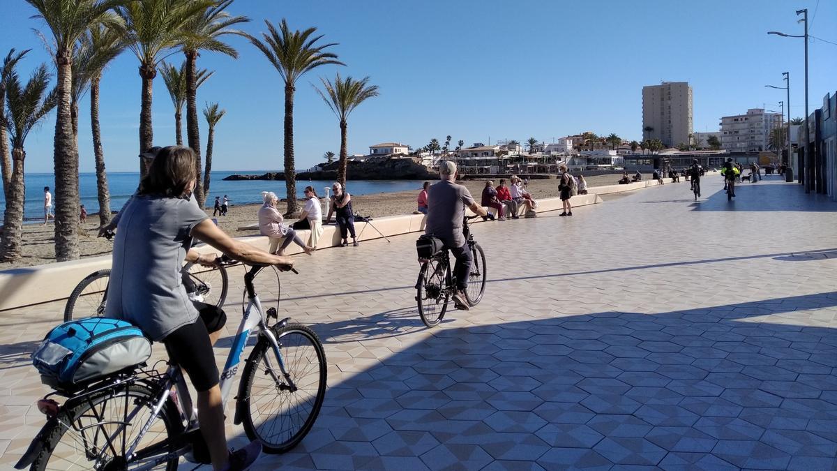 Los agentes realizarán controles en paseos marítimos como el de la playa del Arenal
