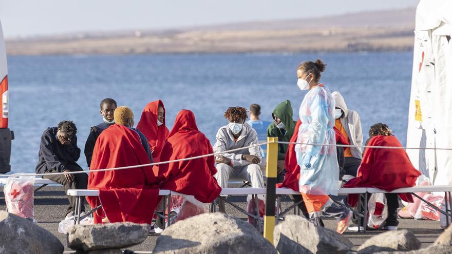 Nuevos datos apuntan a que son 11 los desaparecidos en la neumática rescatada en Fuerteventura