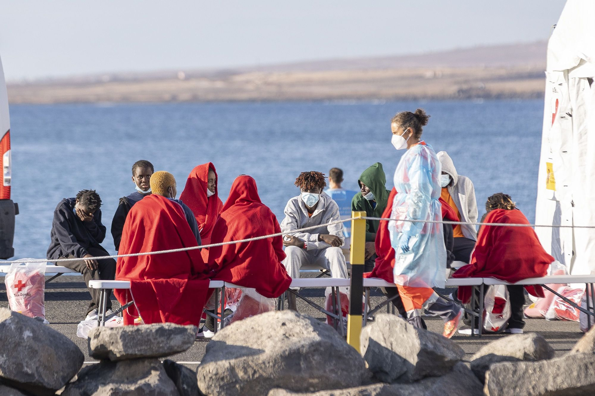 Desembarco en Puerto del Rosario de la patera con al menos 14 muertos
