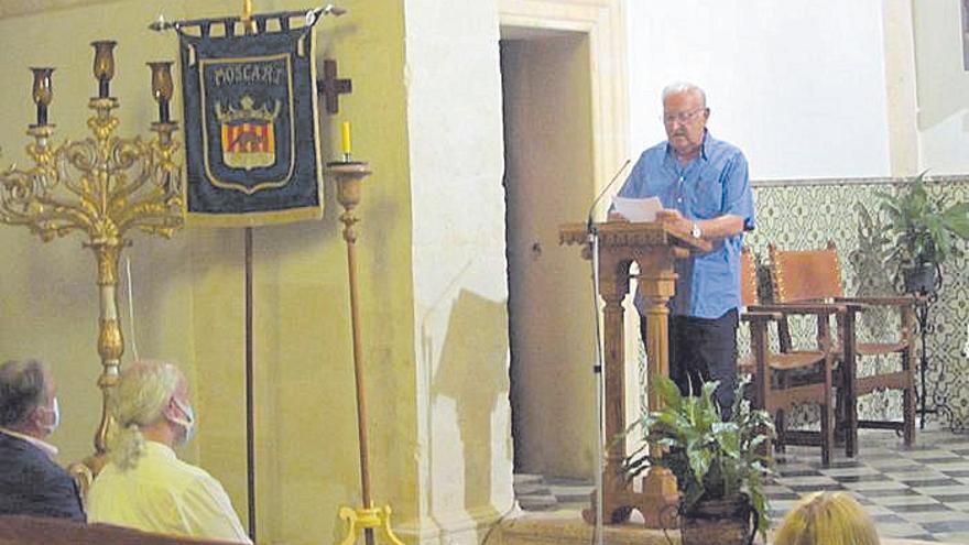 Pere Fiol lee el pregón de las fiestas de Santa Ana, en Moscari