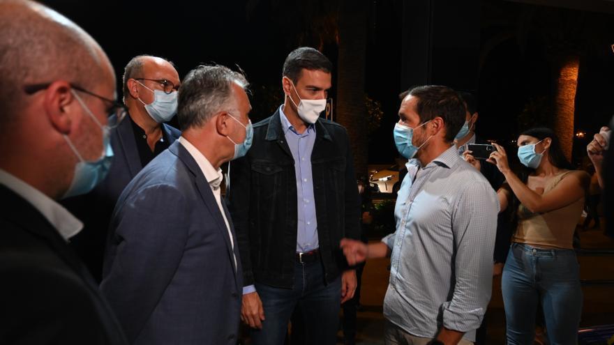 Sánchez permanecerá el lunes en Canarias para seguir de cerca la evolución de la erupción en La Palma