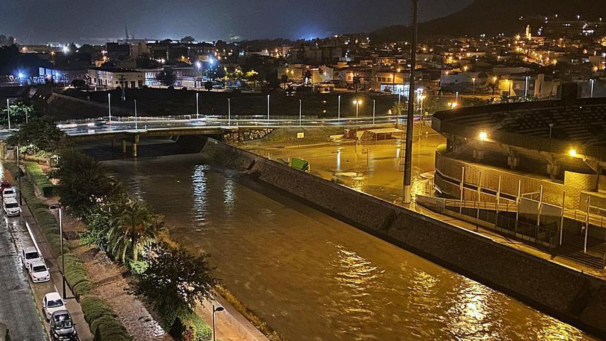 La tormenta deja 50 litros en media hora en Cartagena y  150 incidencias en la Región