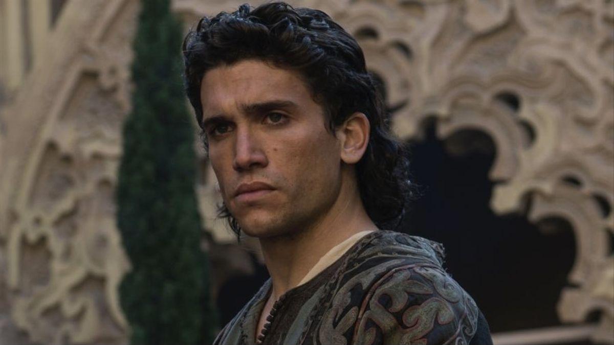 Jaime Lorente in & # 039; El Cid & # 039 ;.