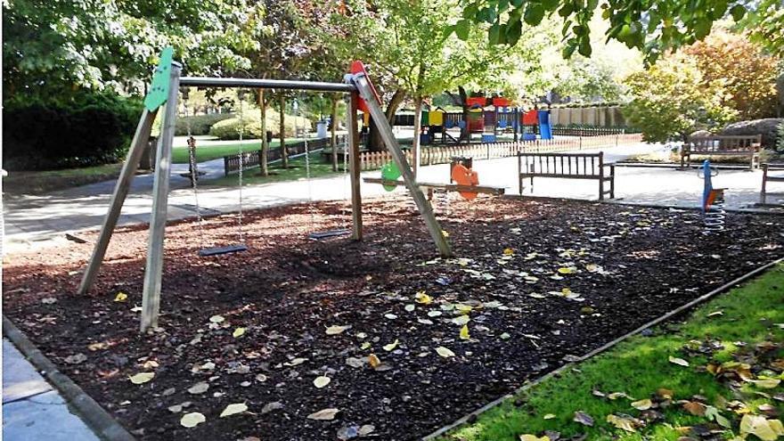 El Concello adjudica por 107.000 euros la mejora del parque infantil de José Martí