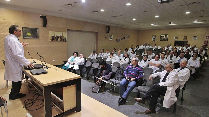 Los médicos de Zamora rechazan que profesionales sin titulación actúen como especialistas