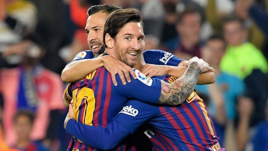 Messi impulsa al Barcelona al liderato ante el Sevilla en 12 minutos