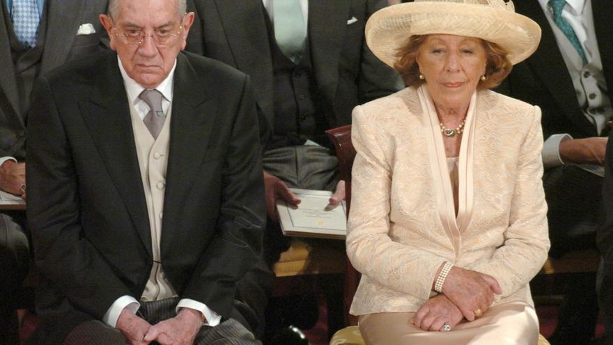 La vida de Menchu Álvarez del Valle, abuela de la Reina, en imágenes