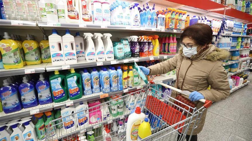 Coronavirus en Córdoba: Deza abrirá el Jueves Santo para espaciar las compras en Semana Santa