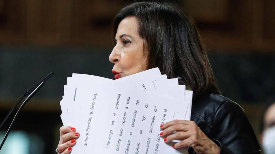Robles critica a los militares retirados que escribieron al Rey descalificando al Gobierno