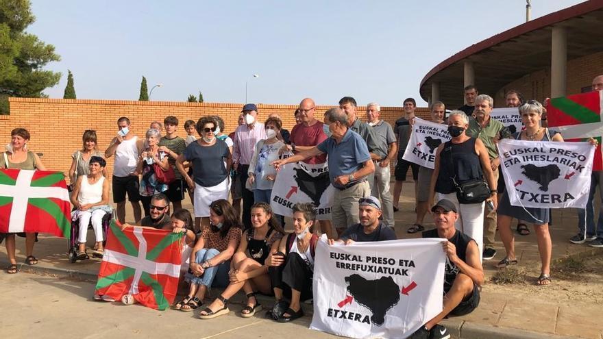 El preso de ETA Andoni Murga abandona la cárcel de Zuera tras cumplir una condena de 25 años