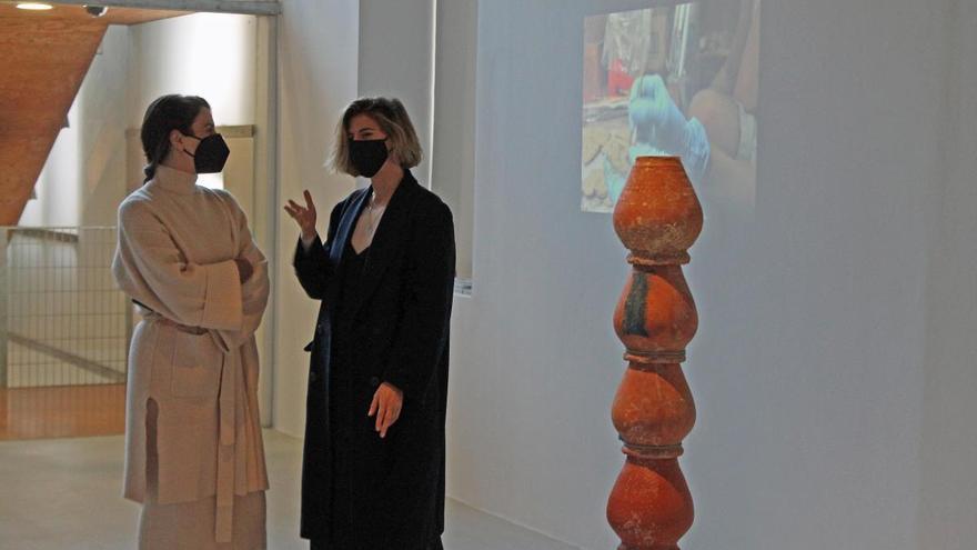 El Párraga muestra los relatos de lo cotidiano de la jerezana Cristina Mejías