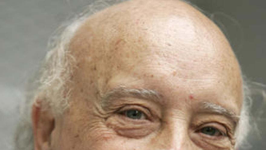 Manuel Vicent llega mañana a Molina de la mano del ciclo Escritores en su Tinta