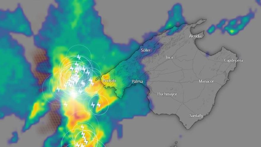La AEMET avisa de la llegada de una línea de tormentas por el oeste de Mallorca