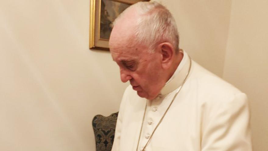 El Papa Francisco pide un ejemplar de la última novela de Sánchez Adalid