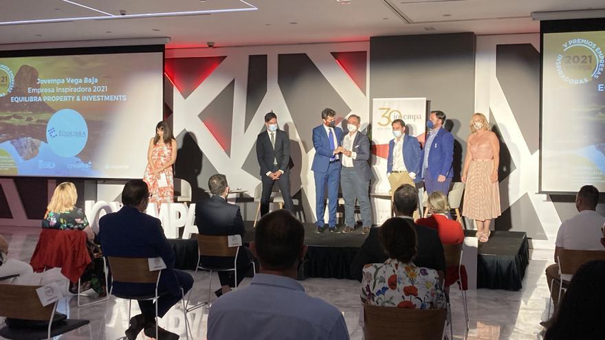 """Equilibra Property Investments recibe el premio """"Empresa Inspiradora"""" de Jovempa"""